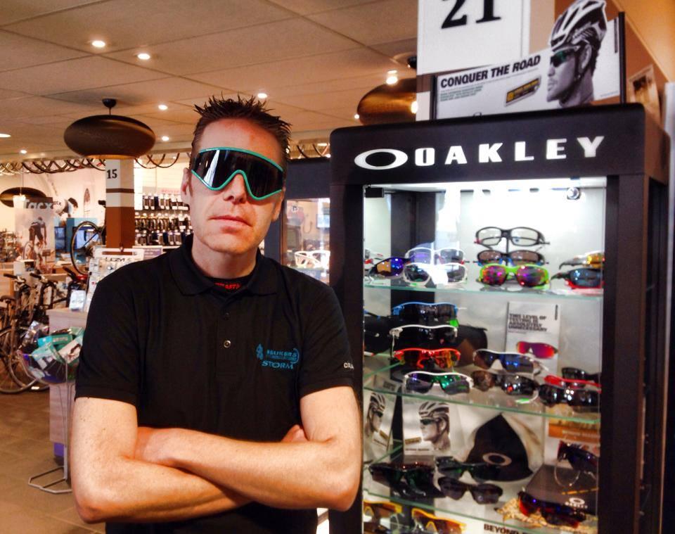 Oakley Eyeshade Nederland