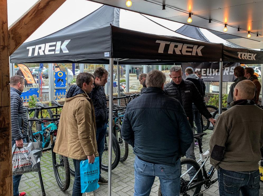 test bikes trek pro caliber